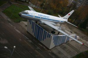 Памятник Ту-104А